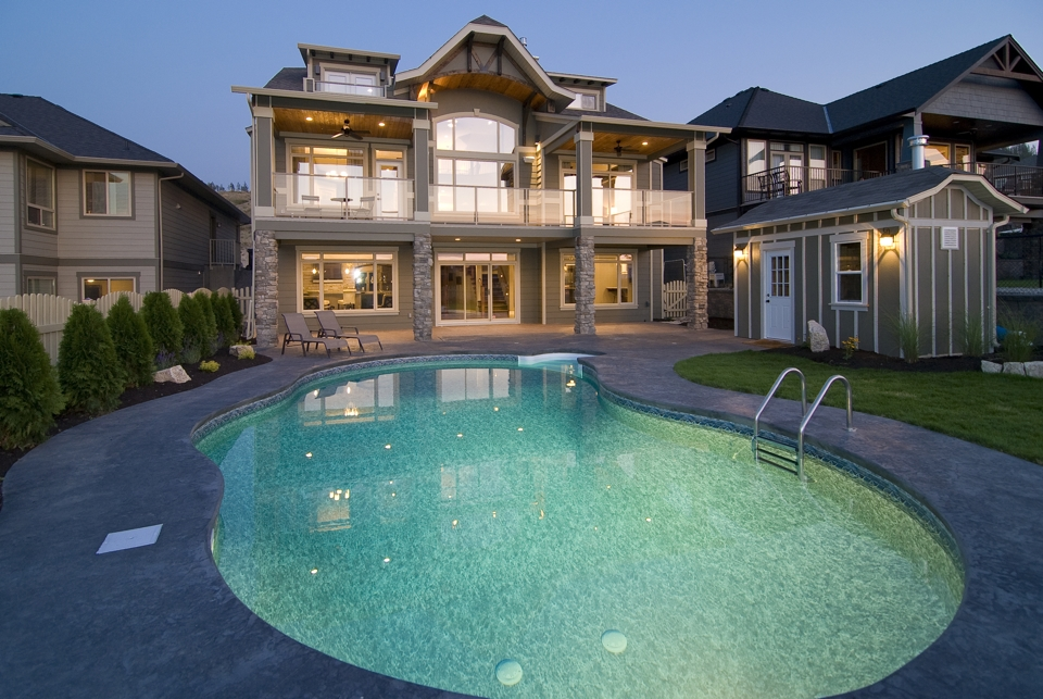 Design build in kettle valley with kentland homes for Pool design kelowna